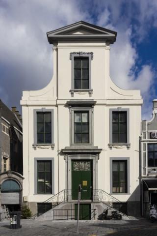 Lakenmetershuis Gent – schilderwerken natuursteenherstel pleisterherstel